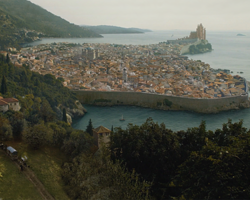 2ddd7754ec4 King s Landing is the capital of the Seven Kingdoms